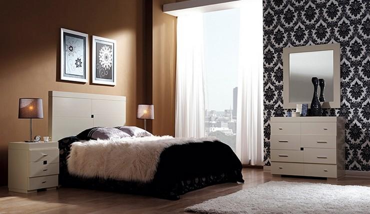 """""""Las paredes no sólo son funcionales, sino que también son una parte integrante de la decoración de interiores.""""  Cómo Decorar las Paredes del Dormitorio Principal 36"""