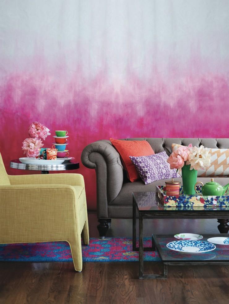 """""""Una nueva capa de pintura puede transformar cualquier habitación y más aún si se emplea una técnica tan novedosa como el efecto ombré""""  Pintar una Pared en Tonos Degradé 63"""
