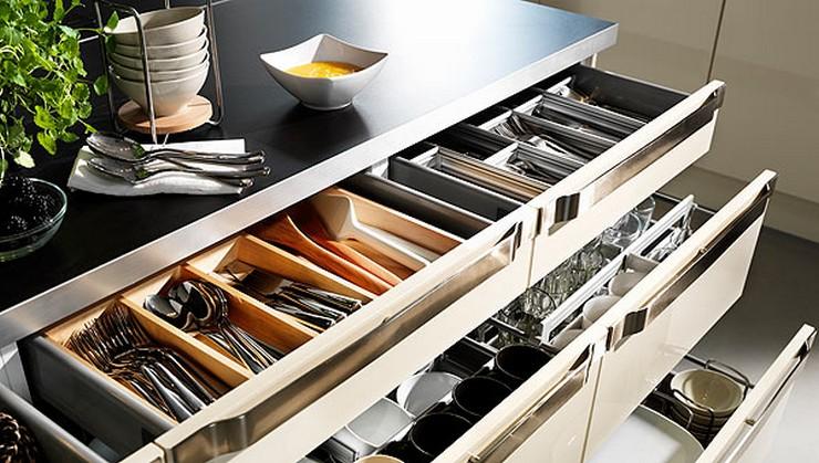 """""""Las cocinas pequeñas pueden ser tan cómodas, funcionales y parecer tan grandes como deseamos"""" Cocinas Pequeñas Grandes Ideas para Decorar Cocinas Pequeñas 7 cajones organizados1"""