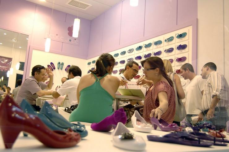 """""""Couromoda 2014 Sao Paulo es una feria de moda para el lanzamiento de zapatos y artículos de cuero.""""  Couromoda 2014 Sao Paulo: Feria de calzado y artículos de cuero, Brasil Couromoda 2014 Sao Paulo3"""