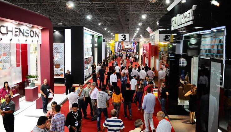 """""""Couromoda 2014 Sao Paulo es una feria de moda para el lanzamiento de zapatos y artículos de cuero.""""  Couromoda 2014 Sao Paulo: Feria de calzado y artículos de cuero, Brasil Couromoda 2014 Sao Paulo4"""
