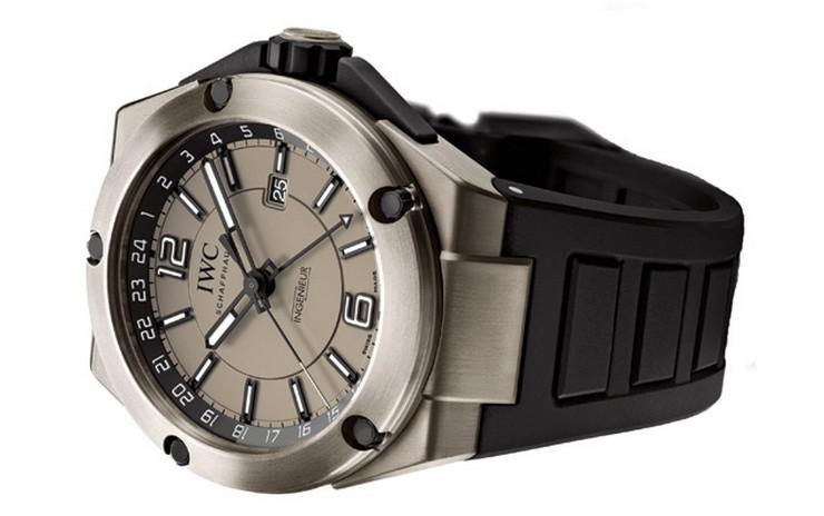 """""""La prestigiosa casa relojera IWC Schaffhausen, o simplemente IWC, lanza su renovada colección Ingenieur Watch.""""  Ingenieur Watch Collection, relojes de alta performance por IWC IWC Ingenieur Dual Time Titanium"""
