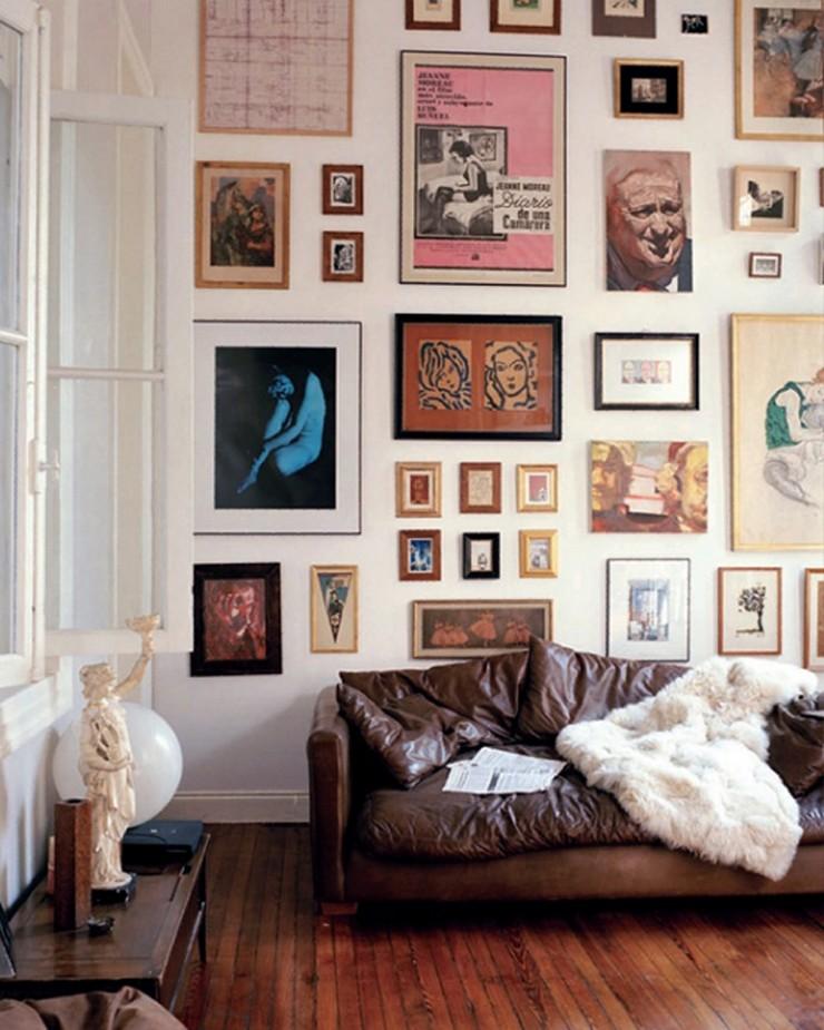 """""""Posters a gusto del consumidor y unos sencillos marcos negros para una pared llena de personalidad y de lo más atractiva""""  Las Paredes Vestidas, Mucho Más Atractivas: Arte Enmarcado o Framed Art 105"""