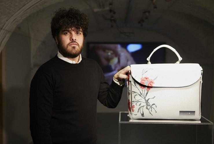 """""""El diseñaor Leandro Cano ya tiene tres colecciones premiadas y es una gran promesa en el mundo de la moda""""  El diseñador Leandro Cano: una joven promesa de la moda  312"""