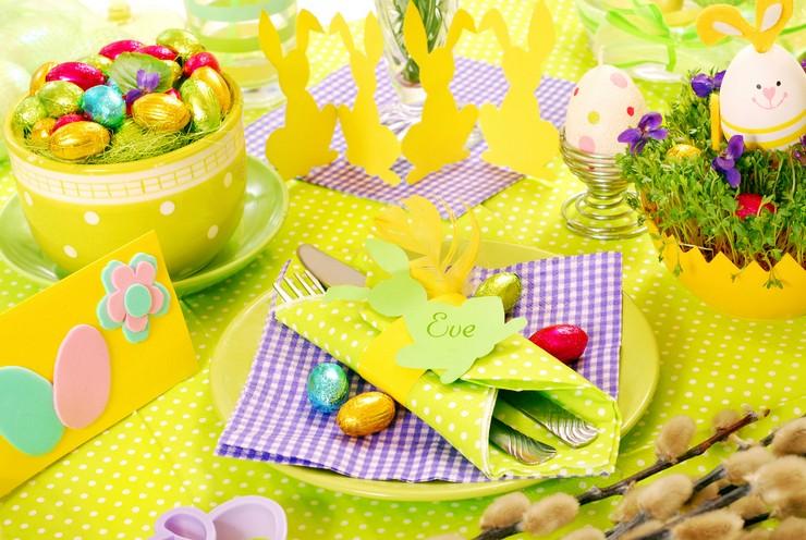 """""""Queremos mostraros algunas sencillas ideas para hacer un original centro de mesa para la época de Pascua.""""  Cómo decorar la mesa para Pascua Como decorar la mesa para Pascua 1"""
