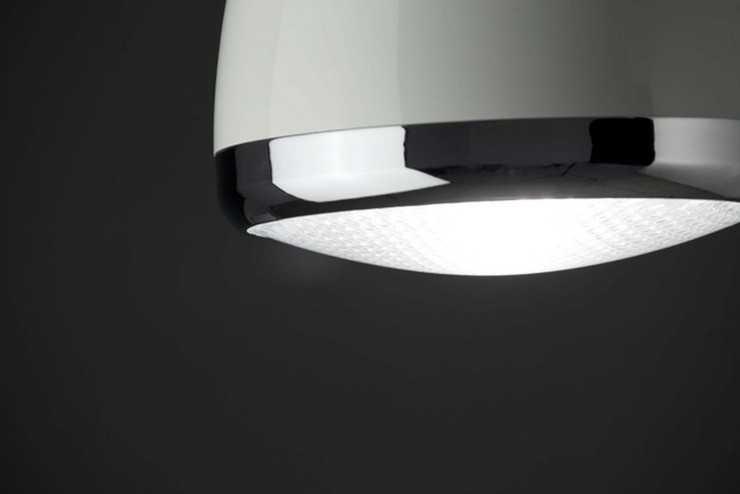 """""""Diseñada por Faro Barcelona, está disponible en dos acabados, blanco y negro.""""  Ideas para decorar: Lampara Lampetta Lampara Lampetta 2"""