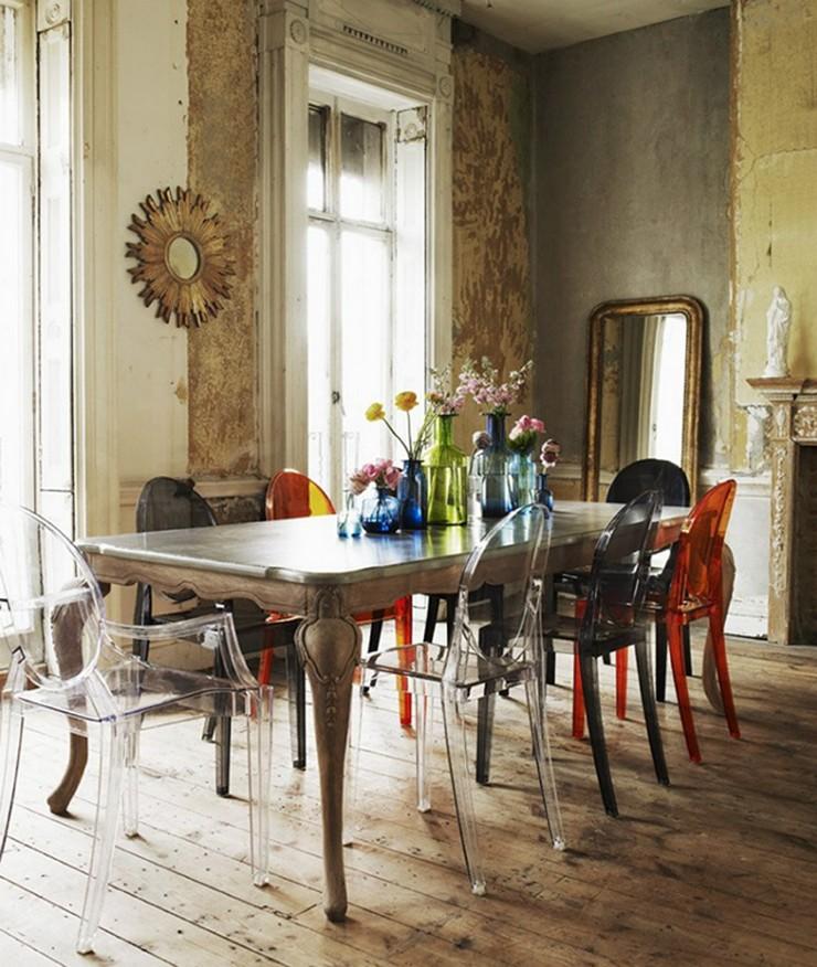"""""""Una cómoda butaca de policarbonato transparente y en varios colores con una línea Luis XV.""""  Ideas para Decorar: Louis Ghost, diseñada por Philippe Starck para Kartell Louis Ghost kartell3"""