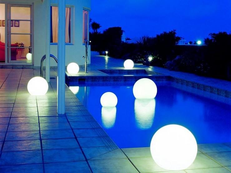 """""""La iluminación es una de las claves a tener en cuenta tanto en el diseño y decoración de interiores como de exteriores""""  Grandes ideas y alternativas de iluminación exterior 214"""