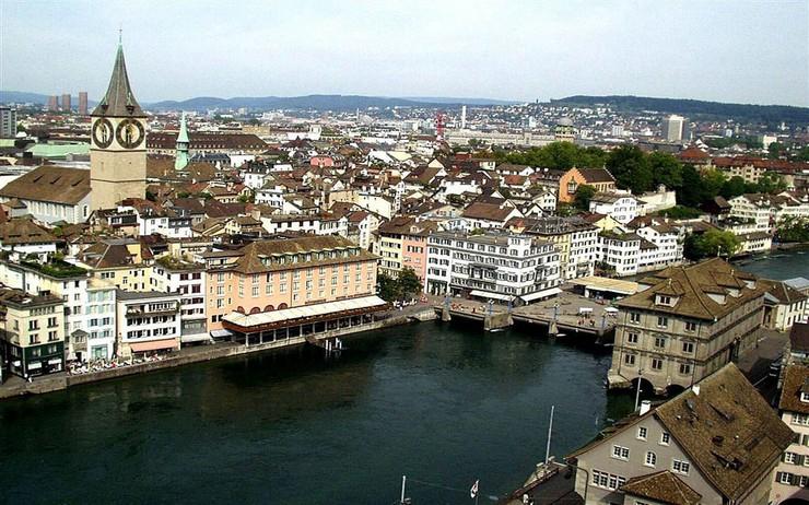 """""""Singapur es la ciudad más cara del mundo en el 2014""""  TOP 10 Ciudades Más Caras del Mundo 2014: Singapur en el Nº1 5 Zurich Suiza"""