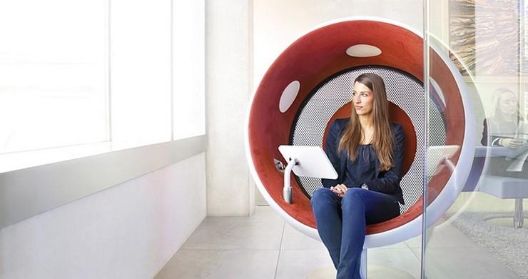 """""""Sonic Chair, una silla que fue presentada hace ya unos años pero que ha sido mejorada recientemente.""""  Sillón multimedia para envolverte en un sonido perfecto Sonic Chair 1"""