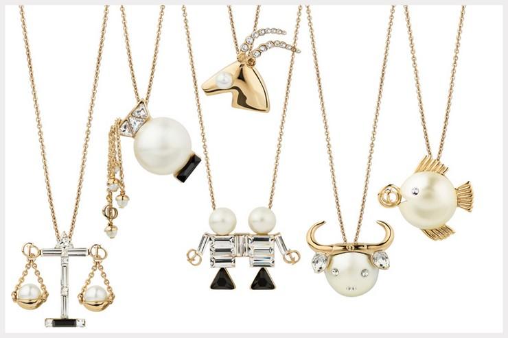 """""""Bajo el título de Tell me Dior nace un lúdico guiño a las supersticiones de monsieur Christian Dior""""  El zodiaco, inspiración para las grandes firmas 8"""
