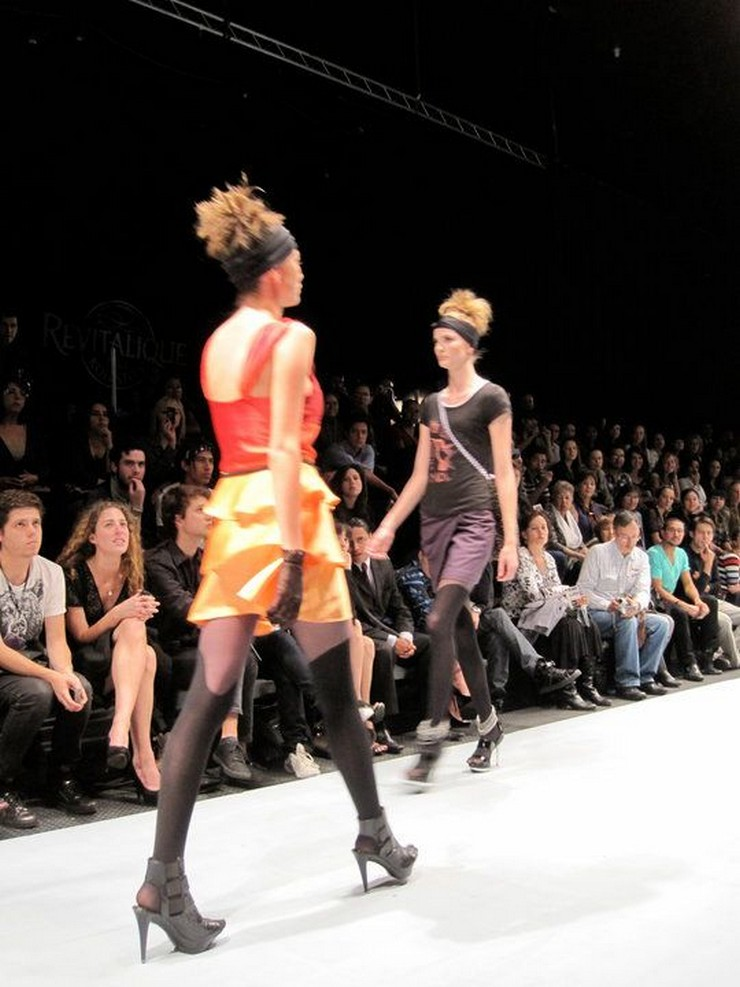 """""""El Cartagena Fashion en su sexta versión busca impulsar nuevos talentos de la moda en el Caribe Colombiano, estará nuevamente realizándose por sexto año consecutivo los días 2 y 3 de mayo del 2014."""" Cartagena Fashion 2014 Colombia Cartagena Fashion 2014 Colombia"""
