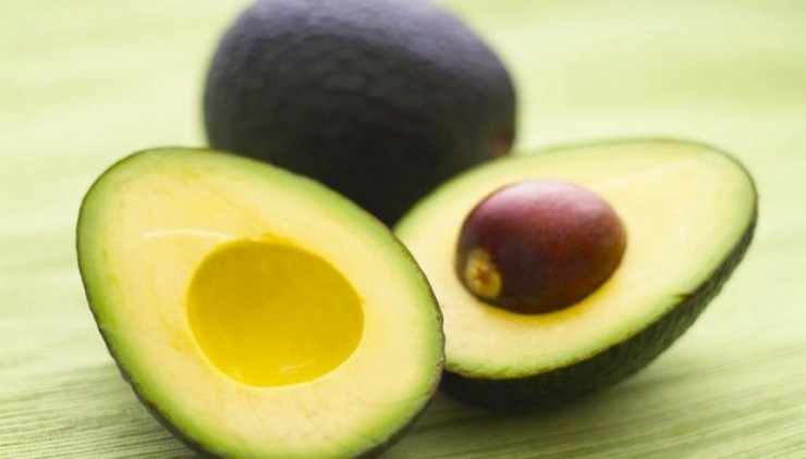 """""""trucos que te ayudarán a disfrutar de la fruta y harán tu vida más fácil""""  21 trucos para disfrutar de la fruta avacado 0 2"""