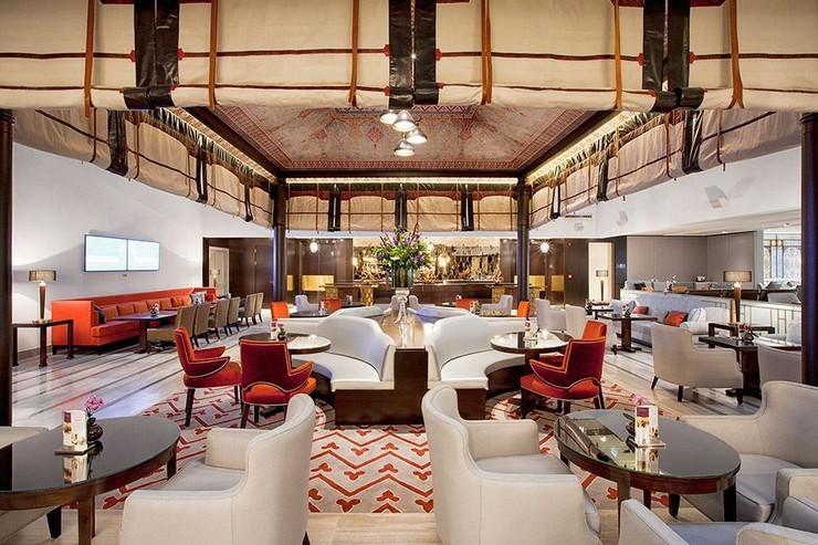 """""""Marti Istanbul Hotel es un nuevo y elegante hotel situado en Taksim""""  El glamuroso Marti Istanbul Hotel restaurant"""