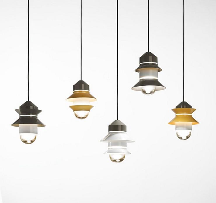 """""""La lámpara Santorin ofrece múltiples combinaciones con la elección del color de los aros, disponibles en blanco, gris y mostaza""""  Santorini: la colección de luminarias outdoor de Marset 1"""