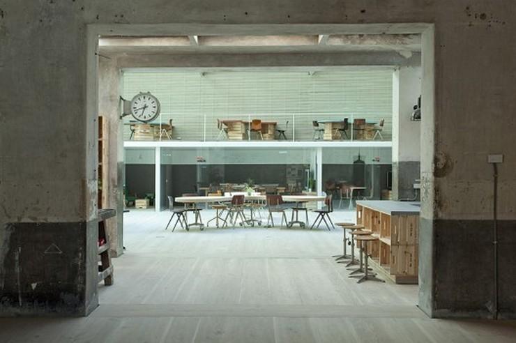 """""""Rehabilitación Oficinas Hub Madrid - Este proyecto, a cargo de CH+QS arquitectos, consiste en la transformación de un antiguo garaje en oficinas de tiempo compartido""""  Antes un garaje, ahora las oficinas Hub Madrid  1293739331 mg 9177 528x351"""
