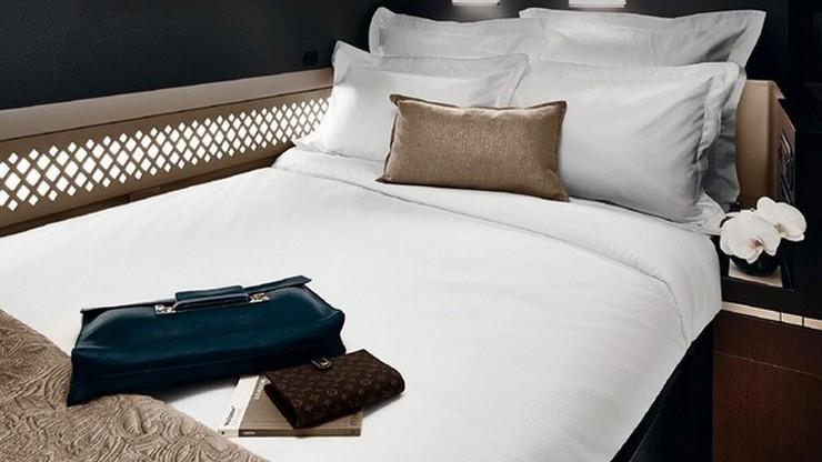 """""""El pasajero que desee volar desde la cabinas premium del A380, tendrá un espacio de 125 metros cuadrados de cama, una sala de estar, baño privado con regadera y un mayordomo personal""""  Etihad Airways sobrepasa los límites del lujo 8AD"""
