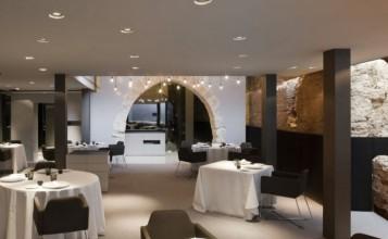 """""""Caro Hotel es un hotel-monumento de 5 estrellas ubicado en Valencia diseñado por el interiorista y diseñador industrial Francesc Rifé""""   Caro Hotel Valencia, una obra 5* de Francesc Rifé CARO HOTEL VALENCIA COMEDOF1 357x220"""