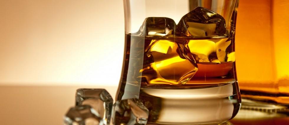 """""""La marca Bacardi ha lanzado Royal Brackla 35 years old; hasta ahora, el whisky más caro de cuantos ha sacado al mercado. Una edición limitada a 100 botellas"""""""