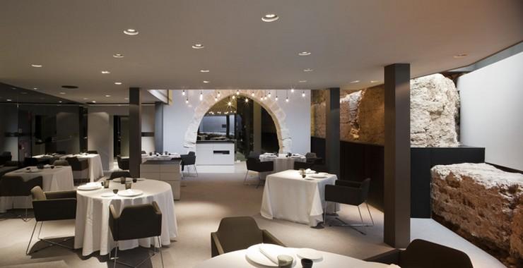 """""""Caro Hotel es un hotel-monumento de 5 estrellas ubicado en Valencia diseñado por el interiorista y diseñador industrial Francesc Rifé""""   Caro Hotel Valencia, una obra 5* de Francesc Rifé restaurante hotel caro"""