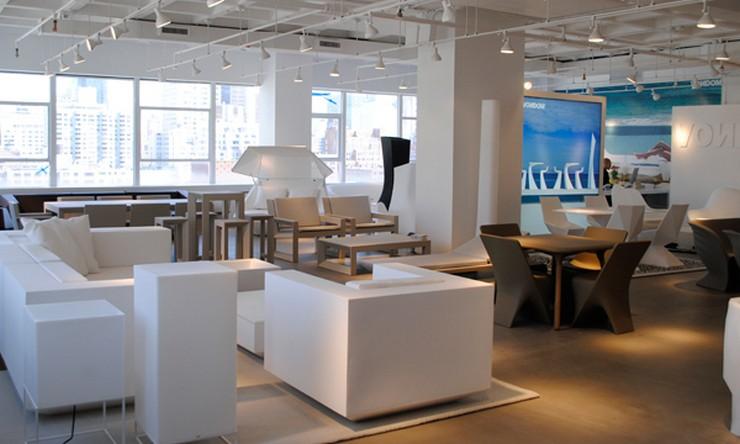 """""""La firma española de mobiliario y alfombras para exteriores de diseño Vondom continúa con su proceso de expansión y abre nuevo showroom en Nueva York""""  Vondom sigue con la expansión: nueva tienda en Nueva York NY 5 z"""