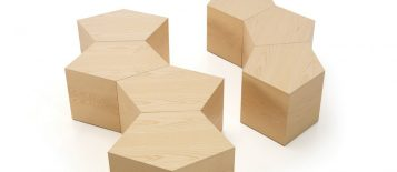 """""""La mesa Pent diseñada por Dsignio para Beltà se presenta como un puzzle con el que jugar a crear la forma que más se adapte a tus necesidades, las posibilidades son infinitas"""""""