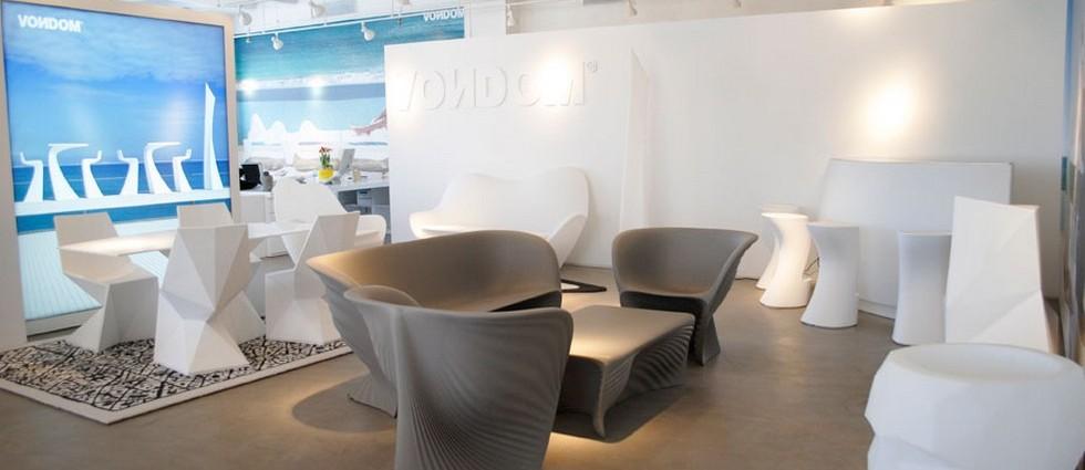 """""""La firma española de mobiliario y alfombras de diseño para exteriores Vondom continúa con su proceso de expansión y ha inaugurado un nuevo showroom en Manhattan, Nueva York"""""""