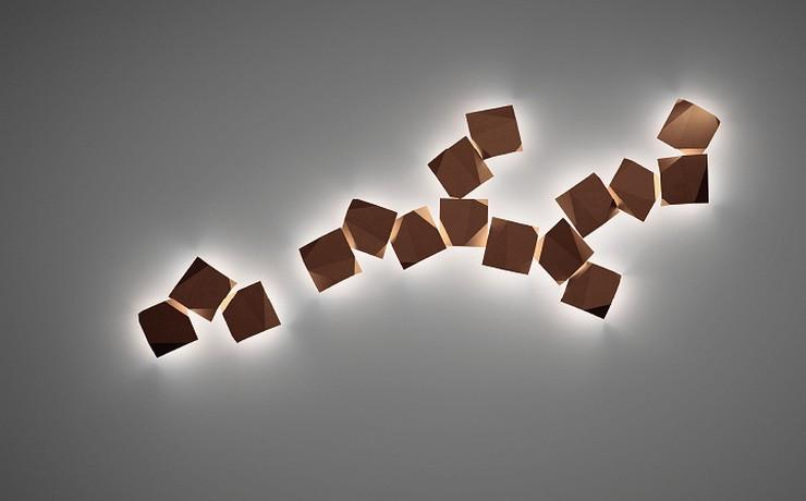 """""""Origami. Así se llama el aplique de pared para exteriores diseñado por Ramón Esteve para Vibia"""""""