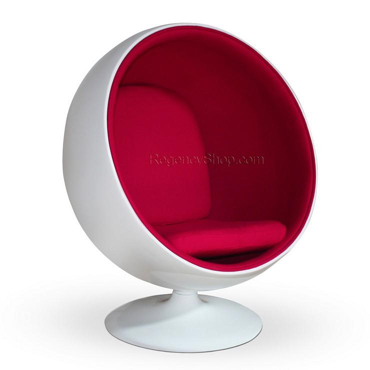 """""""El sentarse se convierte en más que un verbo cuando lo haces en la silla Eero Aarnio"""" La silla Bola Aarnio: Sentarse es más que un verbo ball11"""