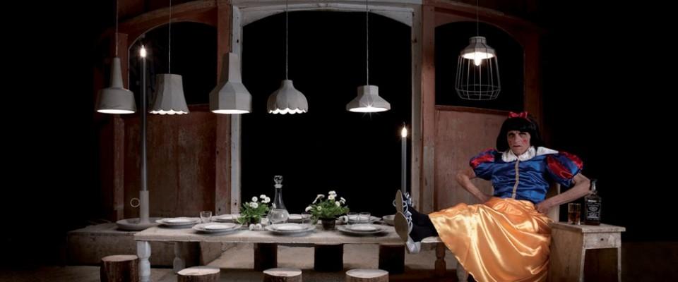 """""""Pisolo, Mammolo, Gongolo, Eolo, Brontolo, Cucciolo, Dotto y Biancaluce componen 'Settenani y Biancaluce': una colección de cuento."""""""