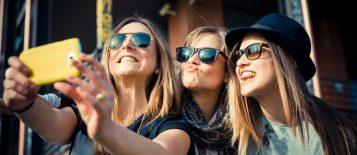 """""""Hay determinadas cosas que todos queremos en nuestra galería de fotos, como por ejemplo el selfie, una de las fotos más repetidas este verano por todos"""""""