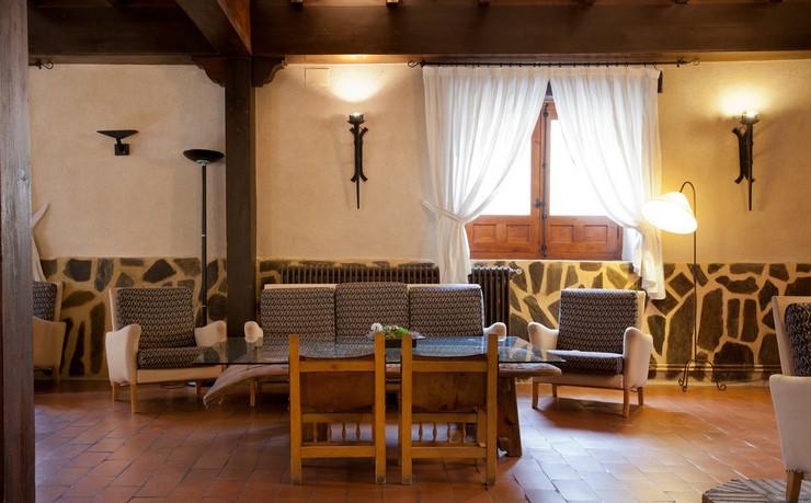 """""""El Hotel Cueva del Fraile está situado a las afueras de Cuenca y a los pies de la incomparable belleza natural del Parque Natural de la Serranía.""""  Hotel Cueva del Fraile, un hotel con encanto en Cuenca Hotel Cueva del Fraile en cuenca 2"""