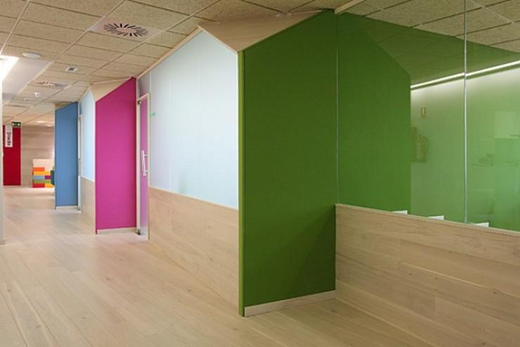 """""""Eva Pérez Rego y Cutu Mazuelos  crearon Stone Designs en septiembre de 1995.""""  Stone Designs, un Estudio de Diseño Moderno en Madrid Stone designs interior Ymedia Office 2012"""