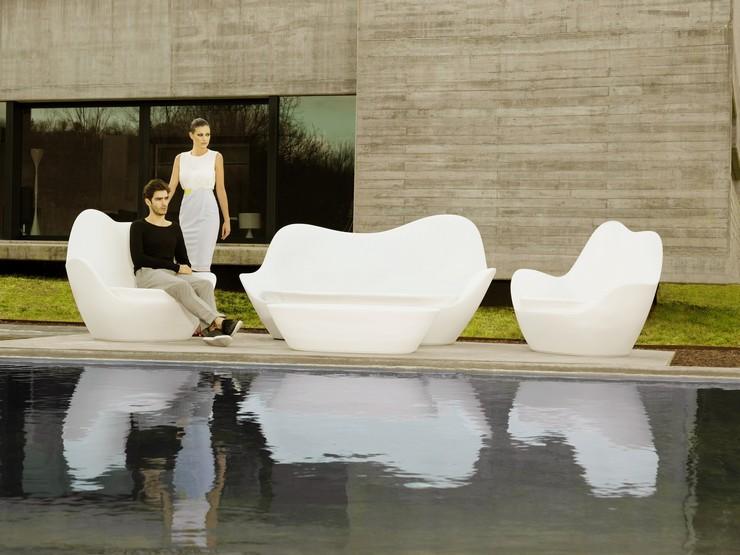 """""""Vondom es una marca espectacular de mobiliario e iluminación de diseño fundamentalmente para exterior.""""  Vondom, una firma de mobiliario exterior con mucho glamour mobiliario exterior vondom"""