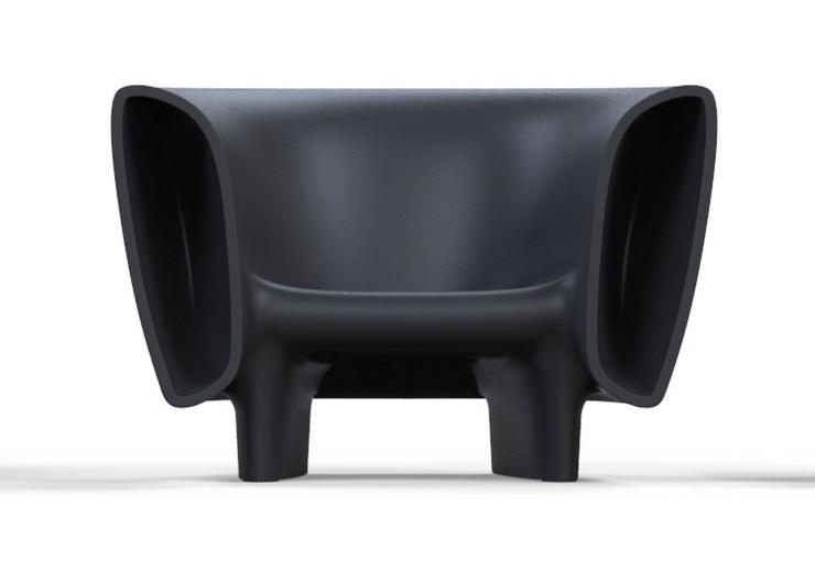"""""""La colección esta compuesta por una sofa, mesa, butaca y toro.""""  BUM BUM, la nueva colección Vondom por Eugeni Quitlet sofa vondom"""