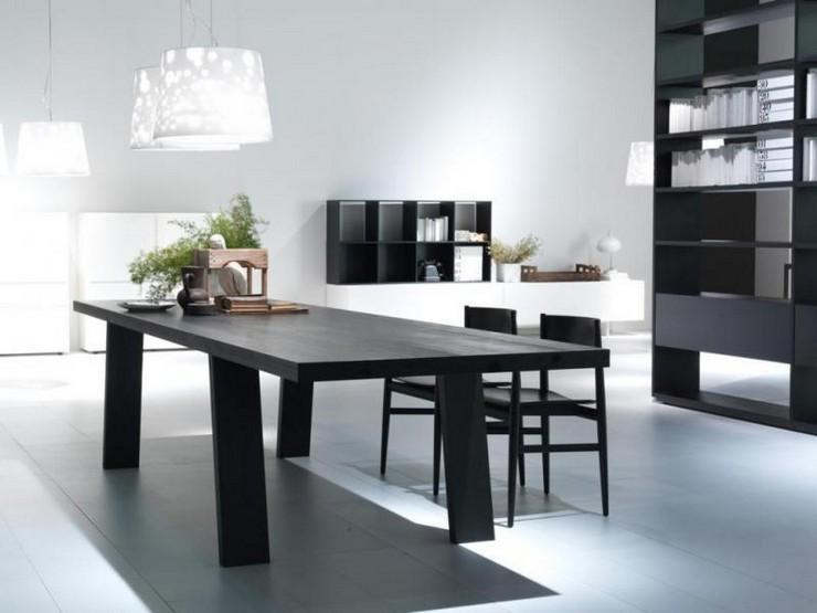 """""""Su exclusivo showroom en una vivienda unifamiliar de 500 m2 presenta muebles de alta gama de los mejores decoradores y diseñadores contemporaneos.""""  SpacioHome, una tienda especializada en diseño en Madrid tienda spaciohome madrid"""