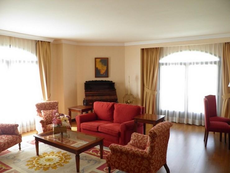 """Fontecruz Ávila es un hotel con encanto ubicado en un bello entorno natural a 3 km de Ávila.""  Fontecruz, un hotel ubicado en un bello entorno en Ávila habitacion suite hotel fontecruz en avila"