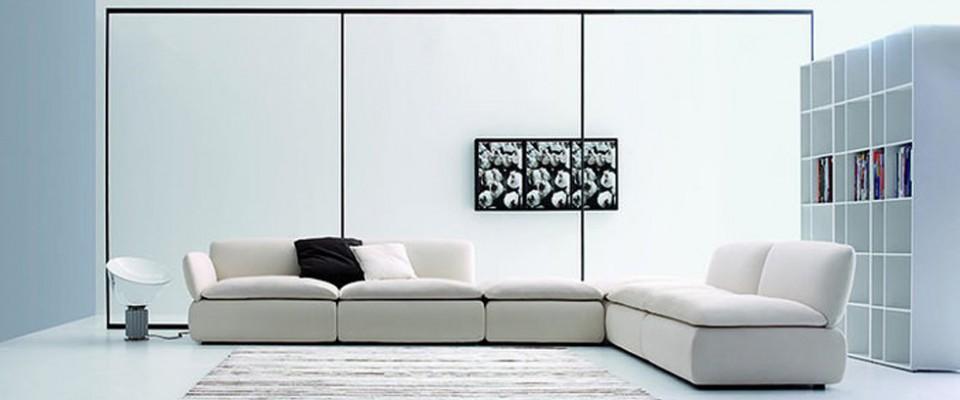"""""""Ibermaison ofrece una cuidada selección de muebles de diseño contemporáneo."""""""