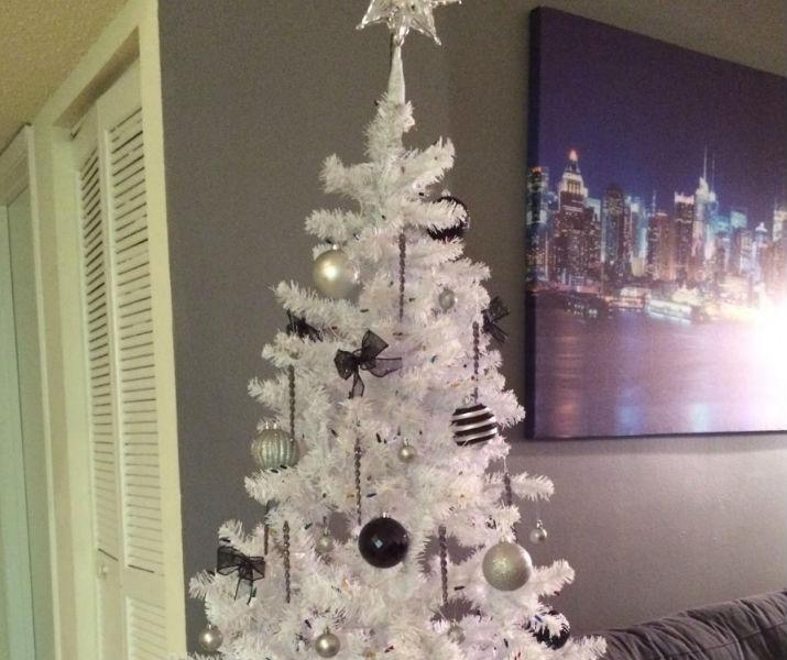 Arboles de navidad decorar una casa - Arboles de navidad blancos ...