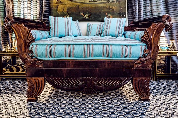 cama imperio   Decoración de interiores: inspírate con Lorenzo Castillo cama imperio
