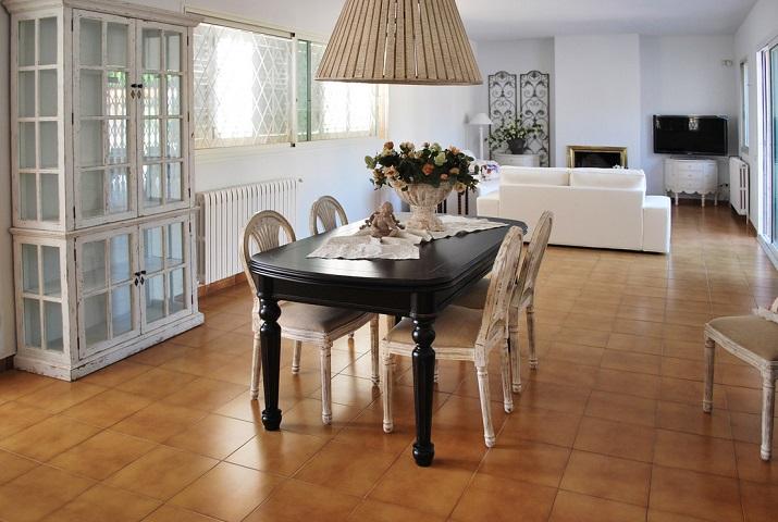 Decoración de Interiores: trucos para amueblar un salón vacío