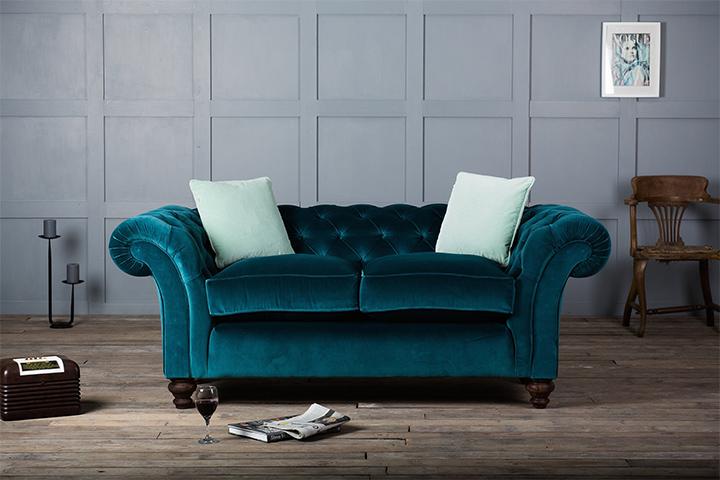 sofas-terciopelo-1  Dale vida a tu juego de sala: coloridos sofás de terciopelo sofas terciopelo 1