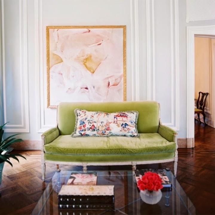modernizar-sala-sofas-color-6  Cómo modernizar una sala de estar con sofás coloridos modernizar sala sofas color 6