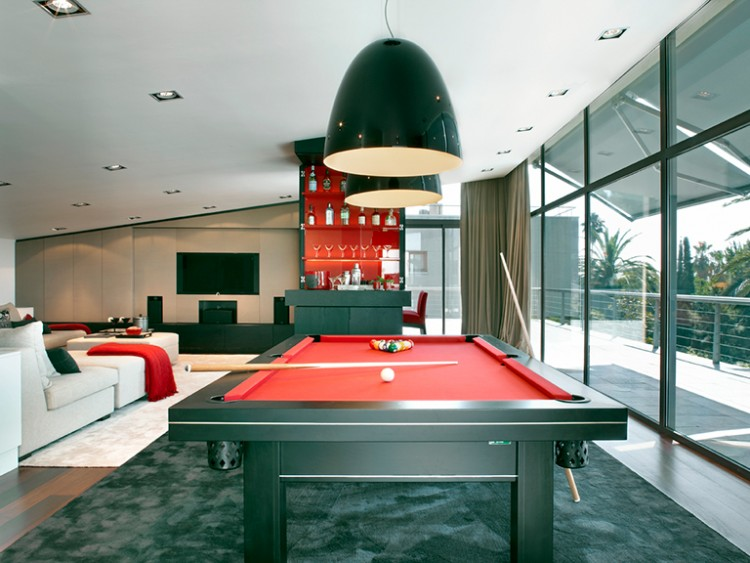 Sala de Billar Moderna Molins Interiors Las mejores inspiraciones de diseño por Molins Interiors Sala de Billar Moderna e1466087657126