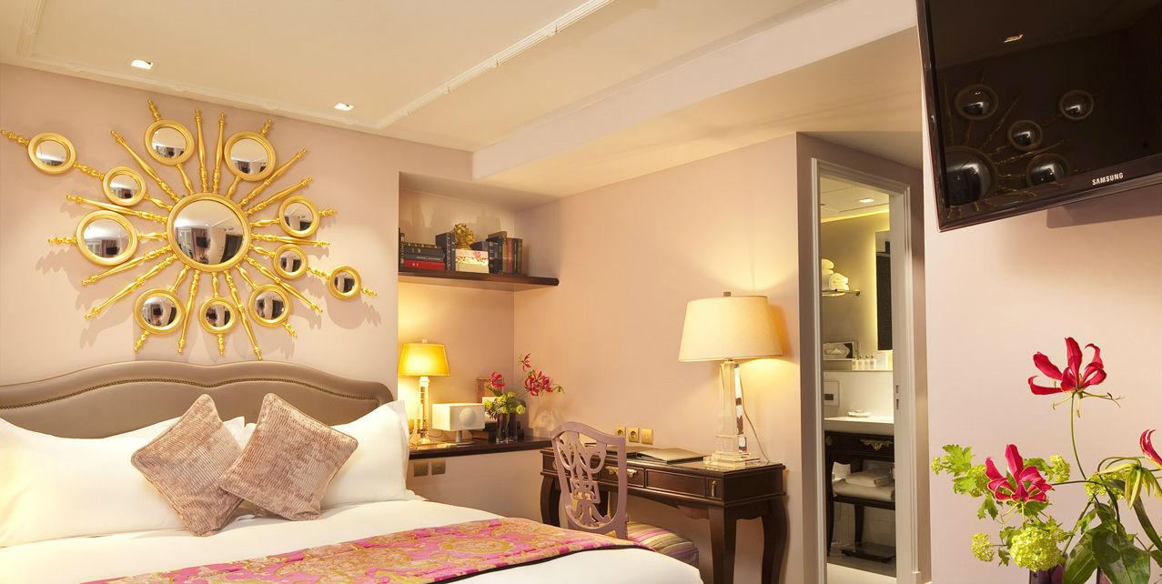 Los mejores espejos de pared para el dormitorio for Espejo pared dormitorio