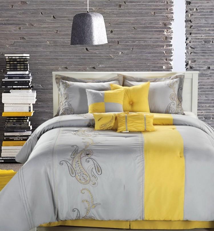 Los mejores colores para un dormitorio de verano dormitorio de verano Los mejores colores para un dormitorio de verano Dormitorio con detalles amarillos e1467988963770