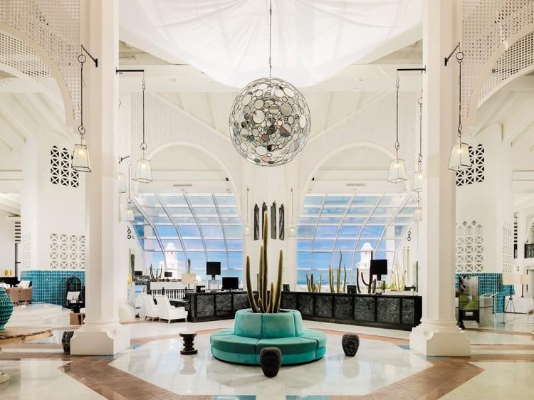 Hotel H10 Timanfaya Palace Lázaro Rosa Violán Los mejores hoteles diseñados por Lázaro Rosa Violán Hotel H10 Timanfaya Palace e1467633320421