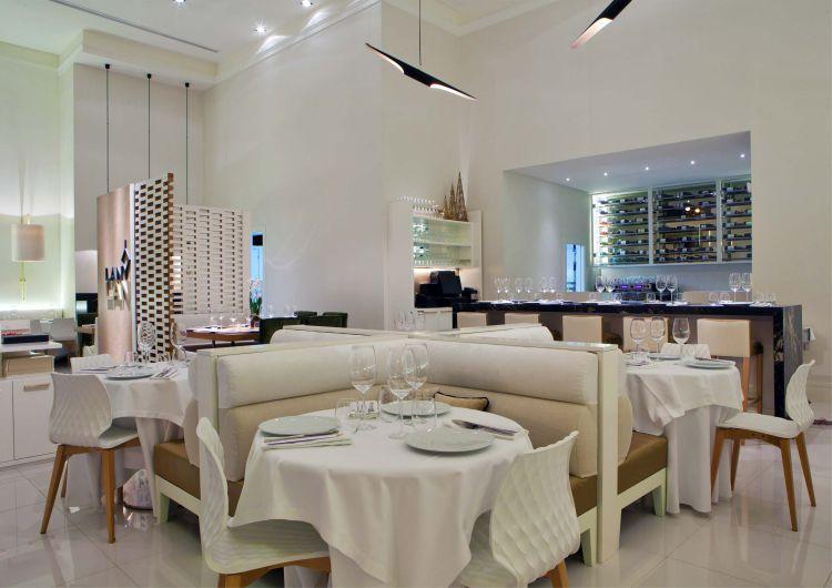 Diseño de Marisa Gallo  Explorando el Diseño de Marisa Gallo: Lujo y Glamour restaurante lan lan de marisa gallo 17baja
