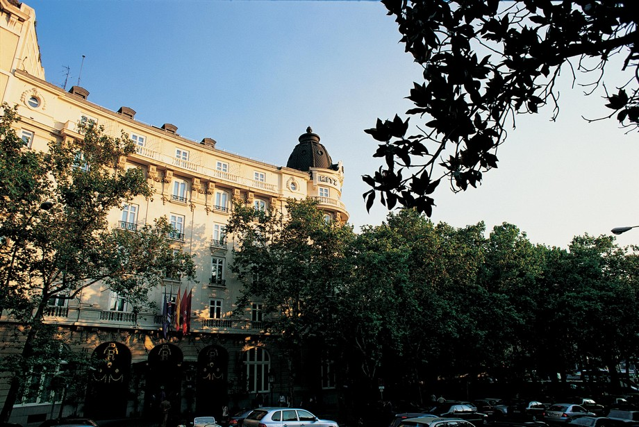 Hotel Ritz – Lujoso Hotel en Madrid Lujoso Hotel Hotel Ritz – Lujoso Hotel en Madrid hotelritz facade 1
