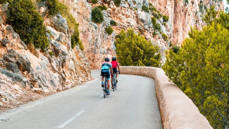 Grupo de lujo en Mallorca: Grupo Cap Vermell  grupo de lujo Grupo de lujo en Mallorca: Grupo Cap Vermell 02 Deportes CVG 02